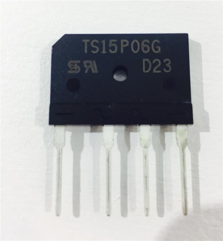 5 Stück Brücken Gleichrichter TAIWAN-SEMICONDUCTOR TS15P06G, 15 A, 800 V