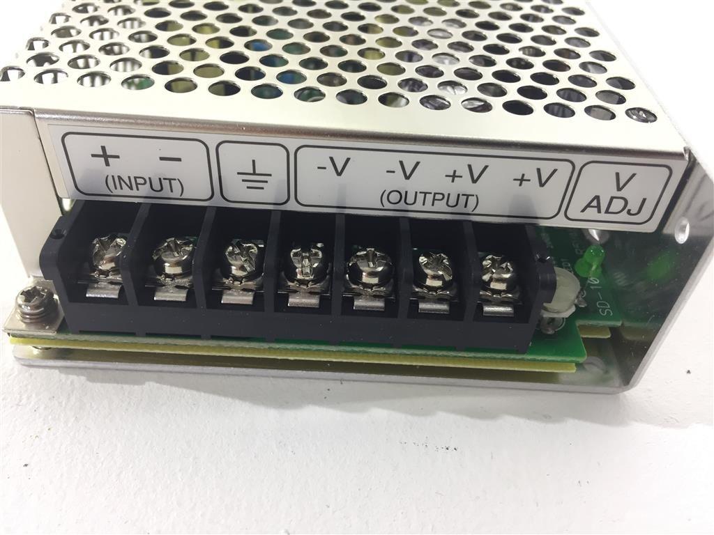 Mean Well SD-100C-5 DC/DC Power Supply Schaltnetzteil  5V 20A 100W 7-Pin